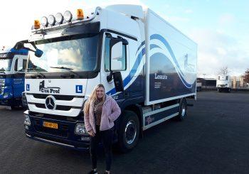 Astrid Timmerman geslaagd voor haar C vrachtwagen rijbewijs