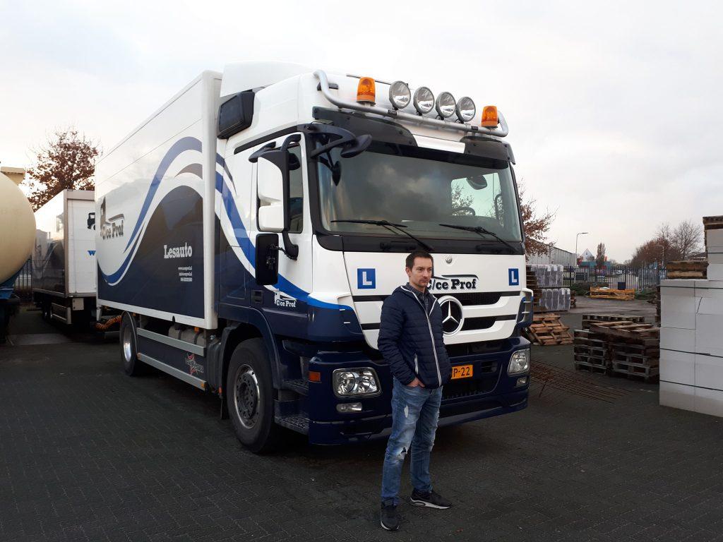 William de Haan CE vrachtwagen rijbewijs gehaald
